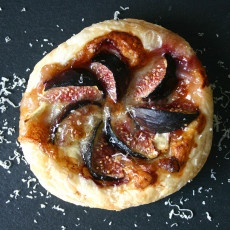 Brie and Fig Tartlet Recipe