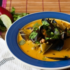 Thai Coconut Broth Mussels Recipe